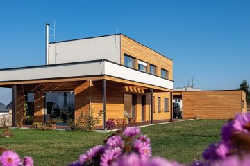 Nízkoenergetická dřevostavba s rovnou střechou Starý Plzenec