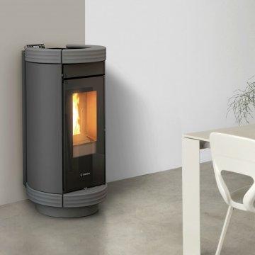 Designový interiérový teplovodní kotel na pelety Thermorossi Dorica Idra 13 Metalcolor
