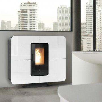 Designový interiérový teplovodní kotel na pelety Thermorossi SlimQuadro Idra 14